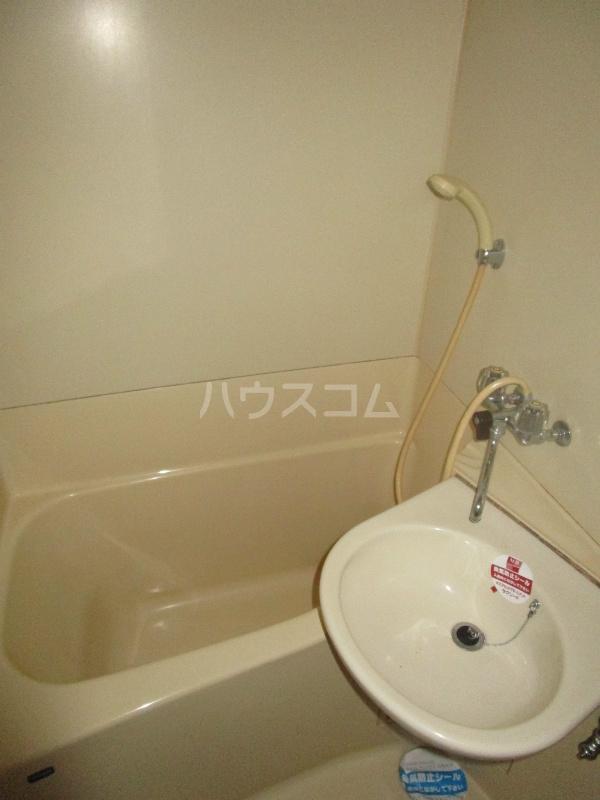 野沢マンション 202号室の風呂