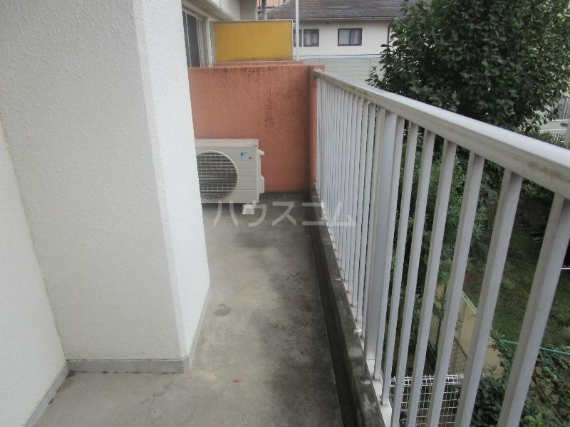 野沢マンション 202号室のバルコニー