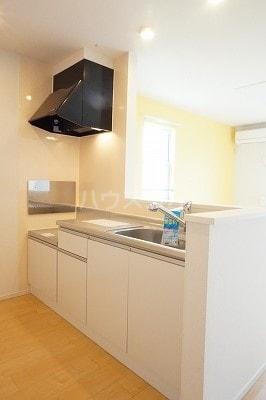 グローレC 02030号室のキッチン