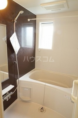 グローレC 02030号室の風呂
