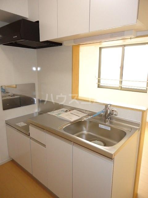 ブラウベルク浦里 03030号室のキッチン