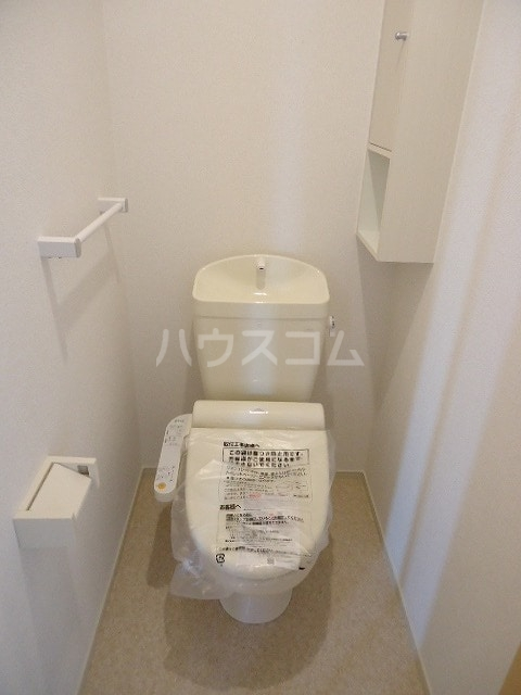 ブラウベルク浦里 03030号室のトイレ