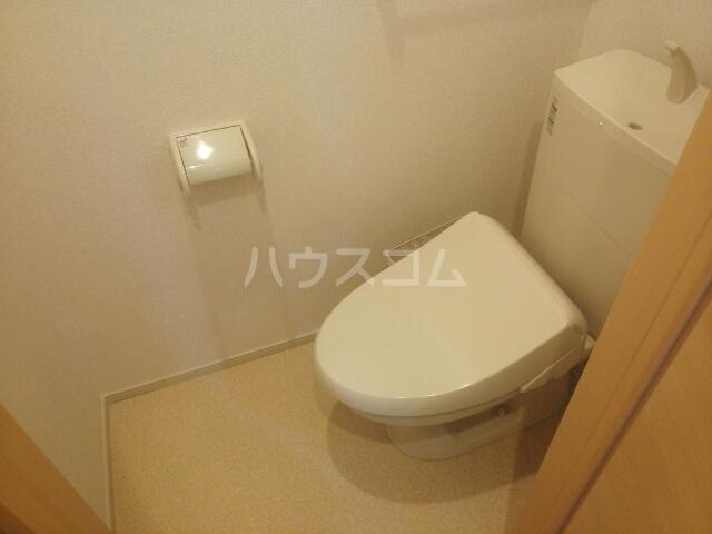 メゾン メルベイユ 01020号室のトイレ