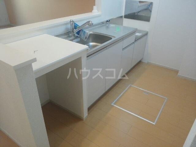 メゾン メルベイユ 01020号室のキッチン