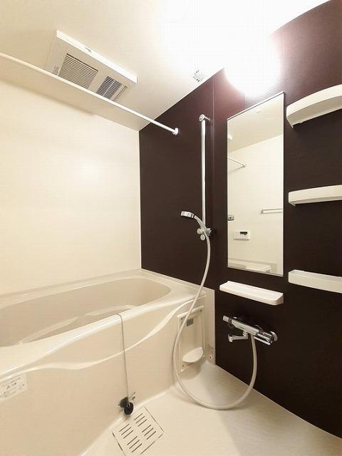 カインドハート西海岸 01010号室の風呂