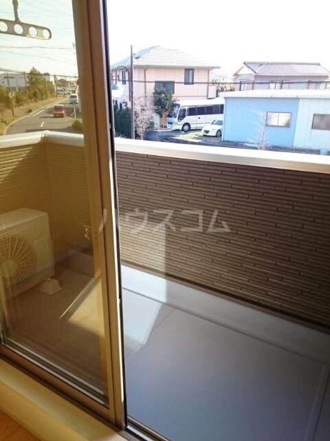 ステージ桜 02040号室のバルコニー
