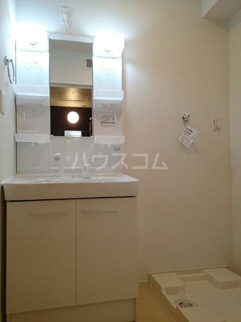 ステージ桜 02040号室の洗面所