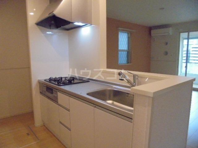 アリエッタⅡ 01020号室のキッチン