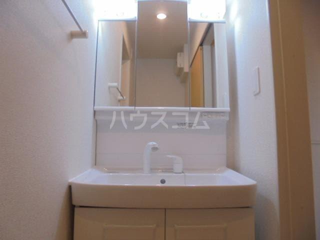 アリエッタⅡ 01020号室の洗面所