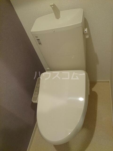 メゾンド・RIN 02030号室のトイレ