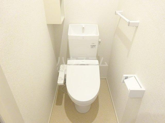 ベルベル Ⅰ 02010号室のトイレ