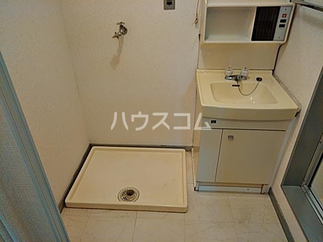 六角シティハイツ 203号室の洗面所