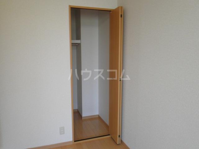 アンプルールフェールルミエール富木 102号室の設備