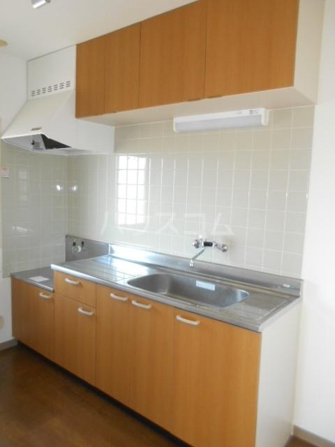 加藤マンション 306号室のキッチン