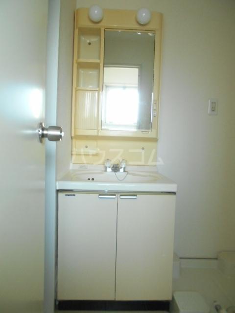 加藤マンション 306号室の洗面所
