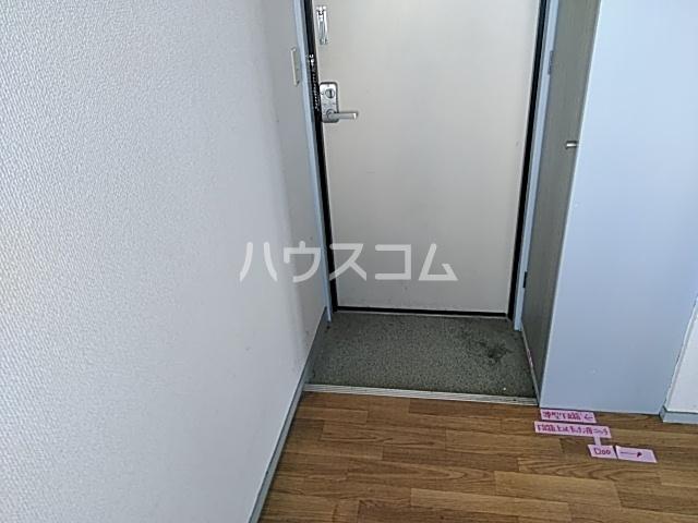 ベルコートⅥ 307号室の玄関