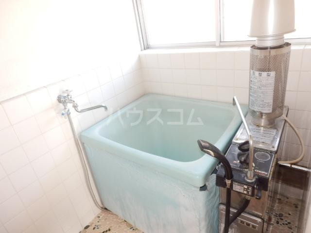 ヒオギハイム 205号室の風呂