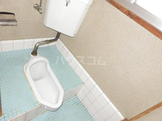 ヒオギハイム 205号室のトイレ