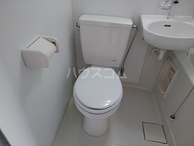ラ・ヴィータ・フェリーチェ宇都宮 202号室のトイレ