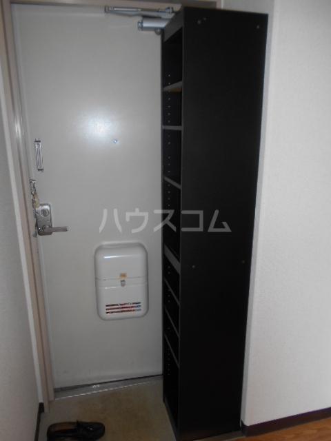 シルビア21 303号室の玄関