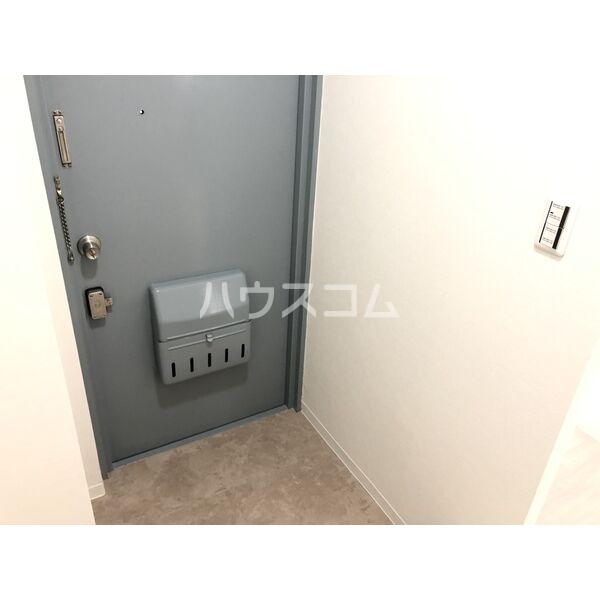 サンパレス植田 405号室の玄関