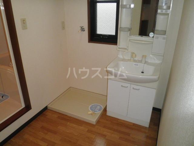 パークコート D201号室の洗面所