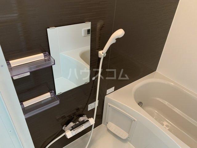 リコルテ sanburaitonesu 302号室の風呂