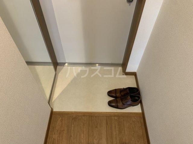 リコルテ sanburaitonesu 307号室の玄関