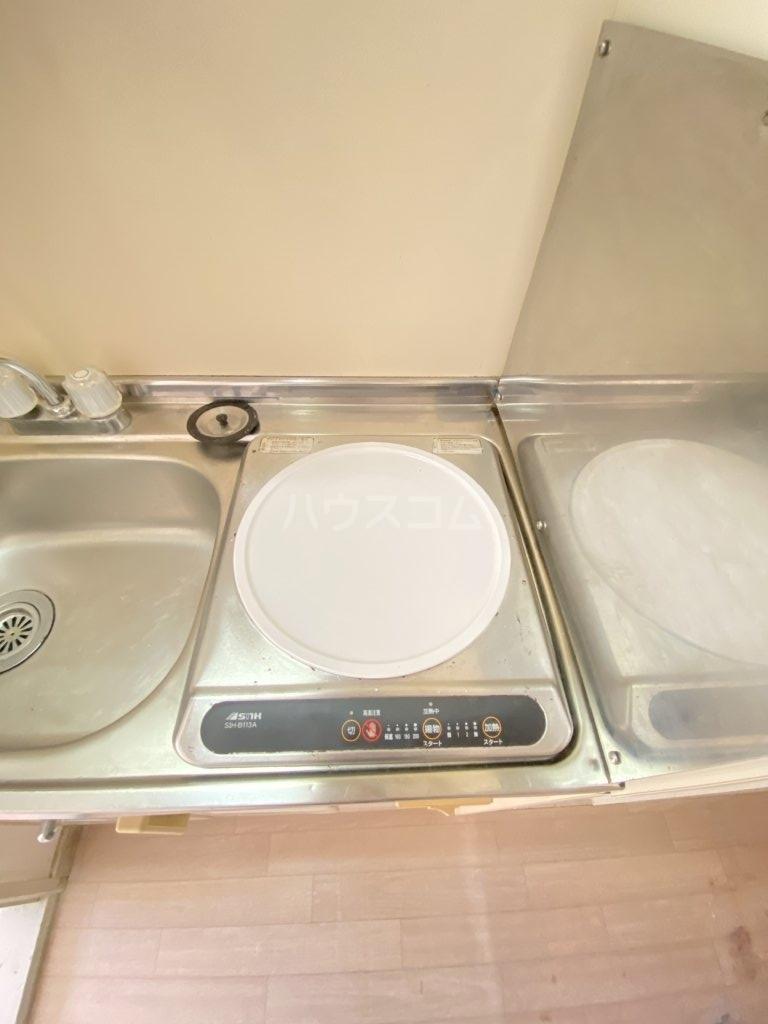 ベネチアン 203号室のキッチン