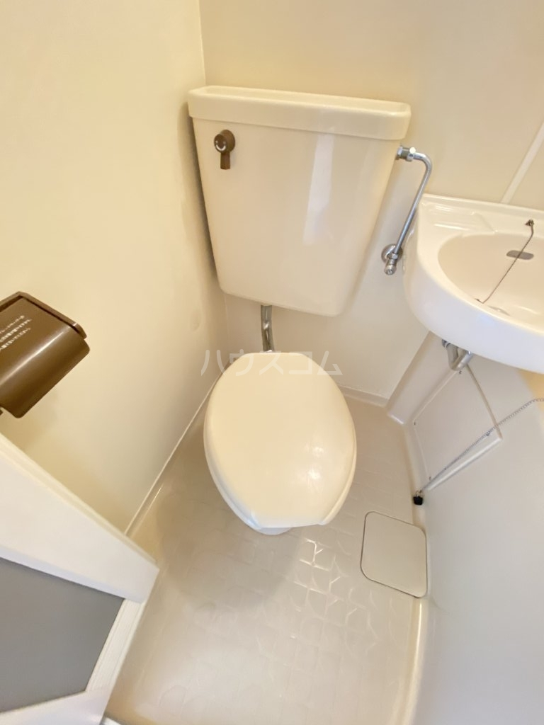 ベネチアン 203号室のトイレ