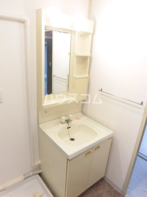 夏見台オークホームズ 204号室の洗面所