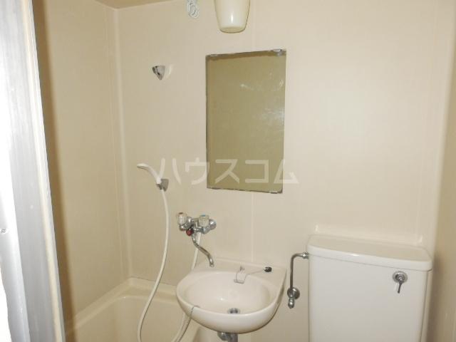 井上ハイツ 203号室の洗面所