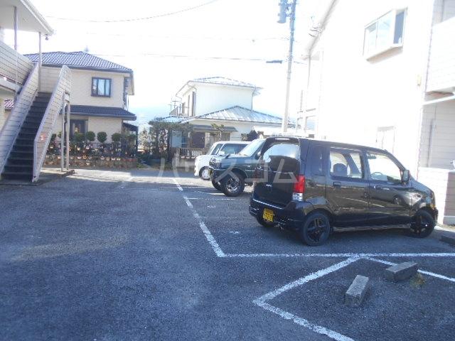 池田ハイツB 112号室の駐車場