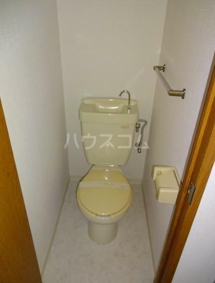 シティハイムグリーンヒルA 103号室のトイレ