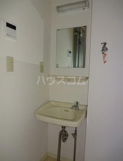 シティハイムグリーンヒルA 103号室の洗面所