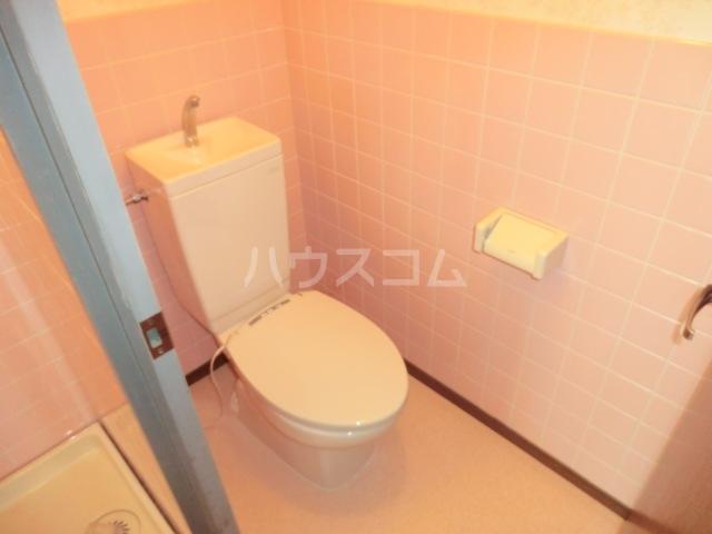 サンテンズガーデン 202号室のトイレ