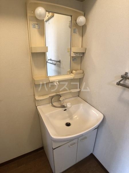 マイヒルズ小針A 202号室の洗面所