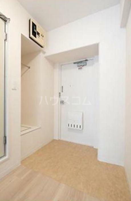 パークグレース新宿 306号室の玄関