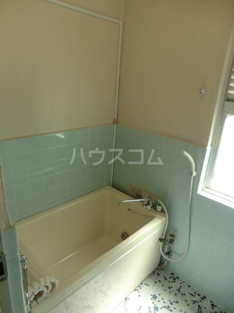 ハイツ堀 302号室の風呂