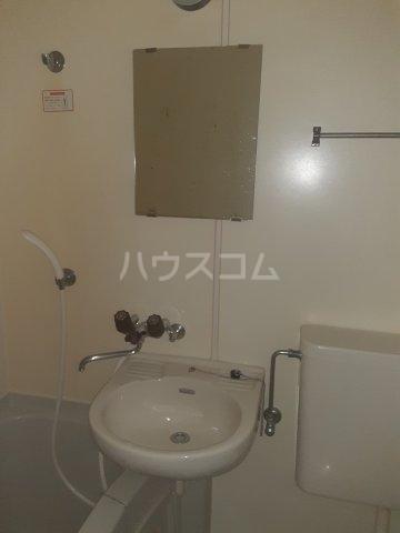 メゾン草薙Ⅲ 106号室のトイレ