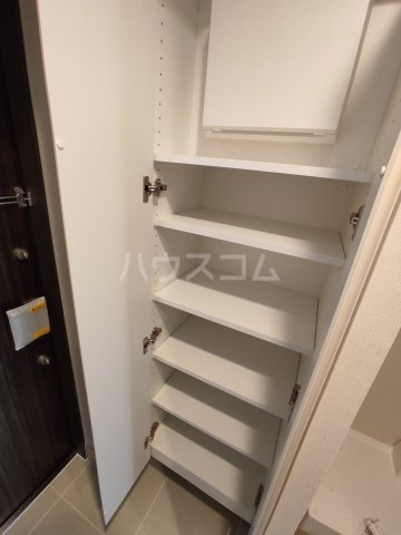 クロスレジデンス蒲田Ⅱ 305号室の収納
