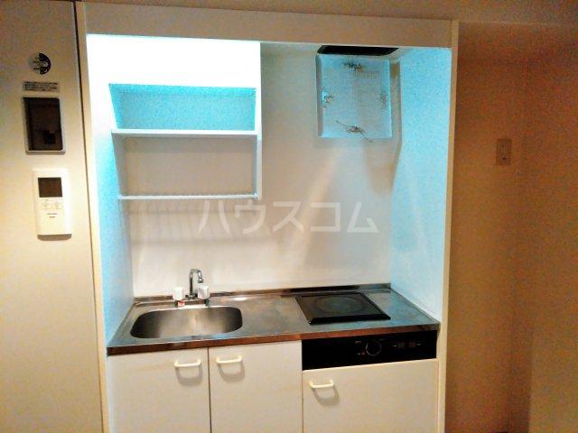ヴァイタルハウス 205号室のキッチン