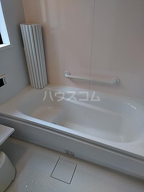 ふじなみ荘 201号室の風呂