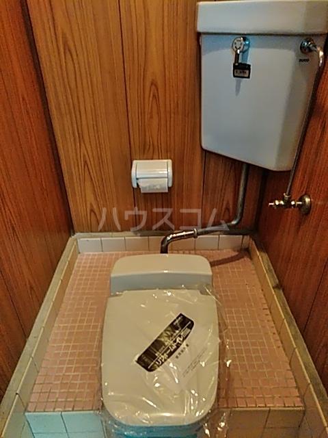 ふじなみ荘 201号室のトイレ