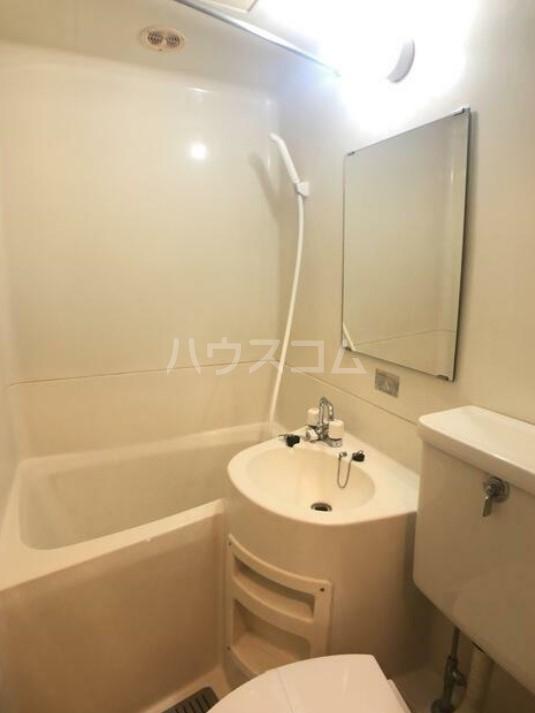 五反田ダイヤモンドマンション 505号室の洗面所