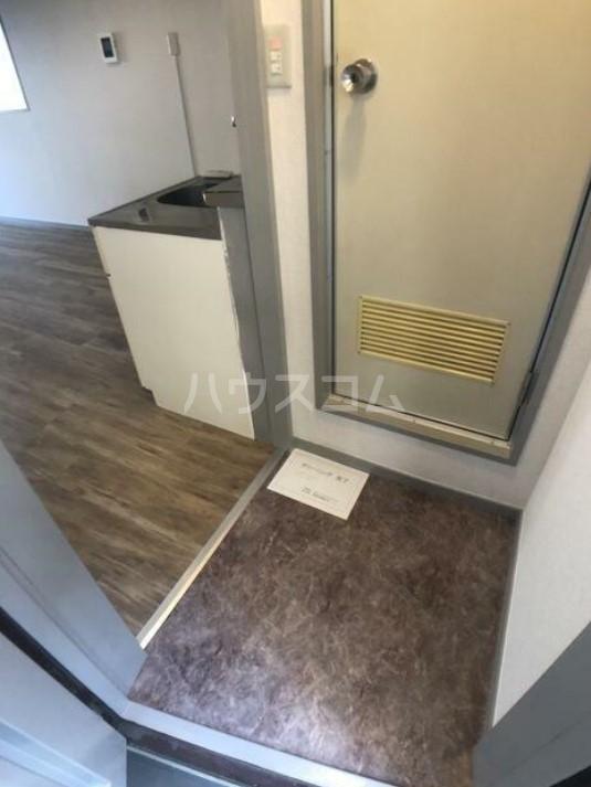 五反田ダイヤモンドマンション 505号室の玄関