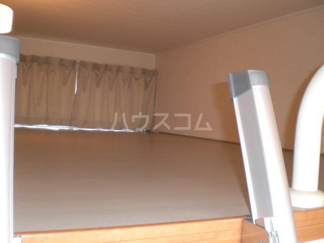 レオパレスアラモードⅢ 105号室の収納