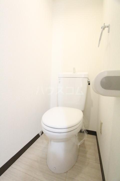 オアシス上豊田 109号室のトイレ