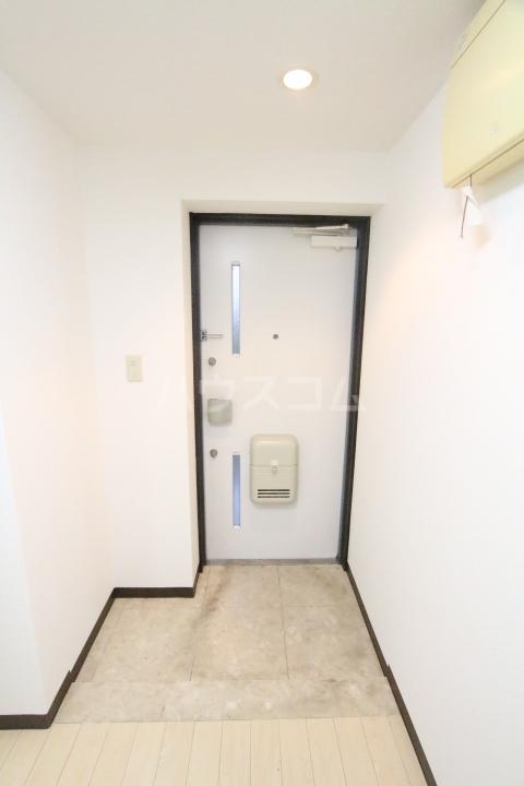 オアシス上豊田 109号室の玄関