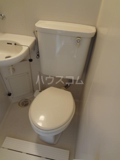サンサンエー 207号室の洗面所